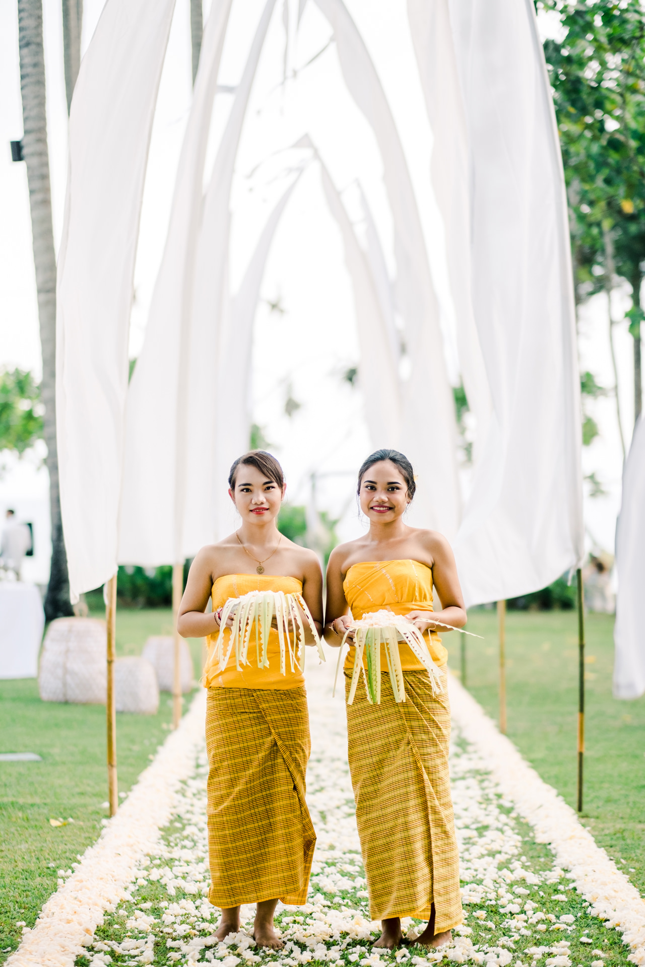 K&M: Enchanting Alila Manggis Candidasa Wedding 11