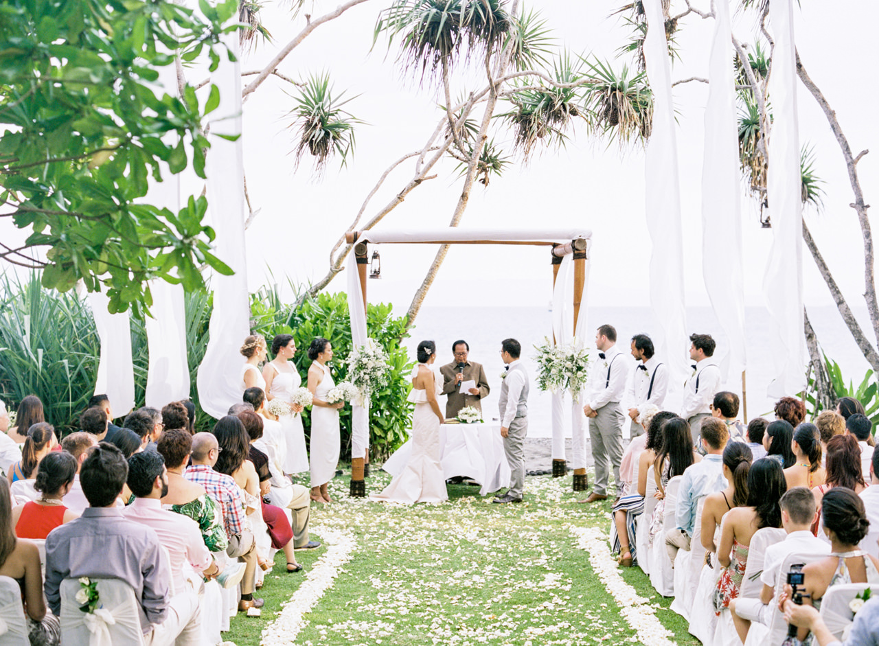 K&M: Enchanting Alila Manggis Candidasa Wedding 14