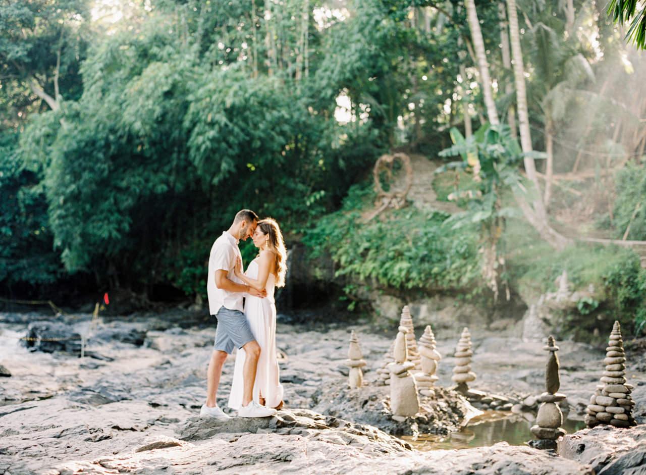 M&N: Intimate Bali Waterfall Photo Session 5