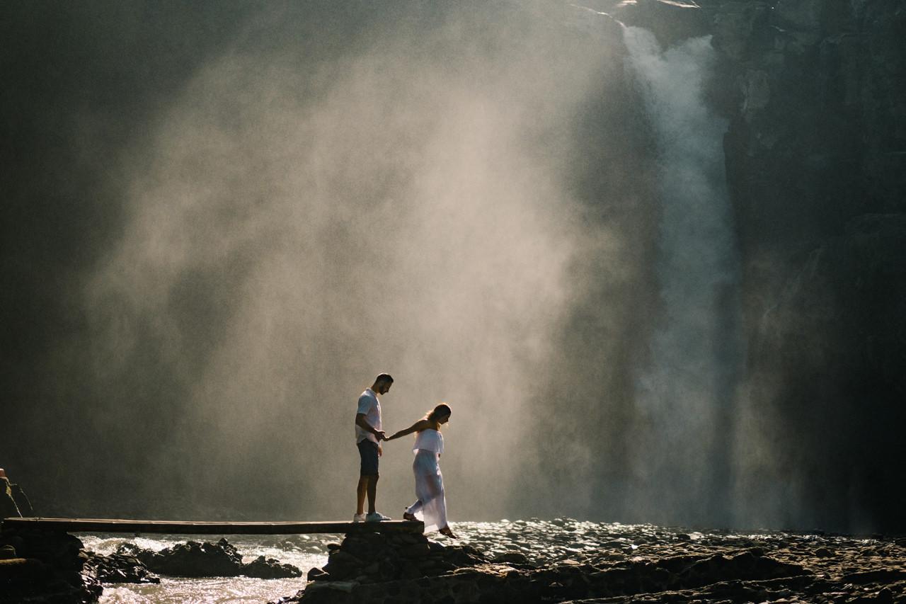 M&N: Intimate Bali Waterfall Photo Session 10