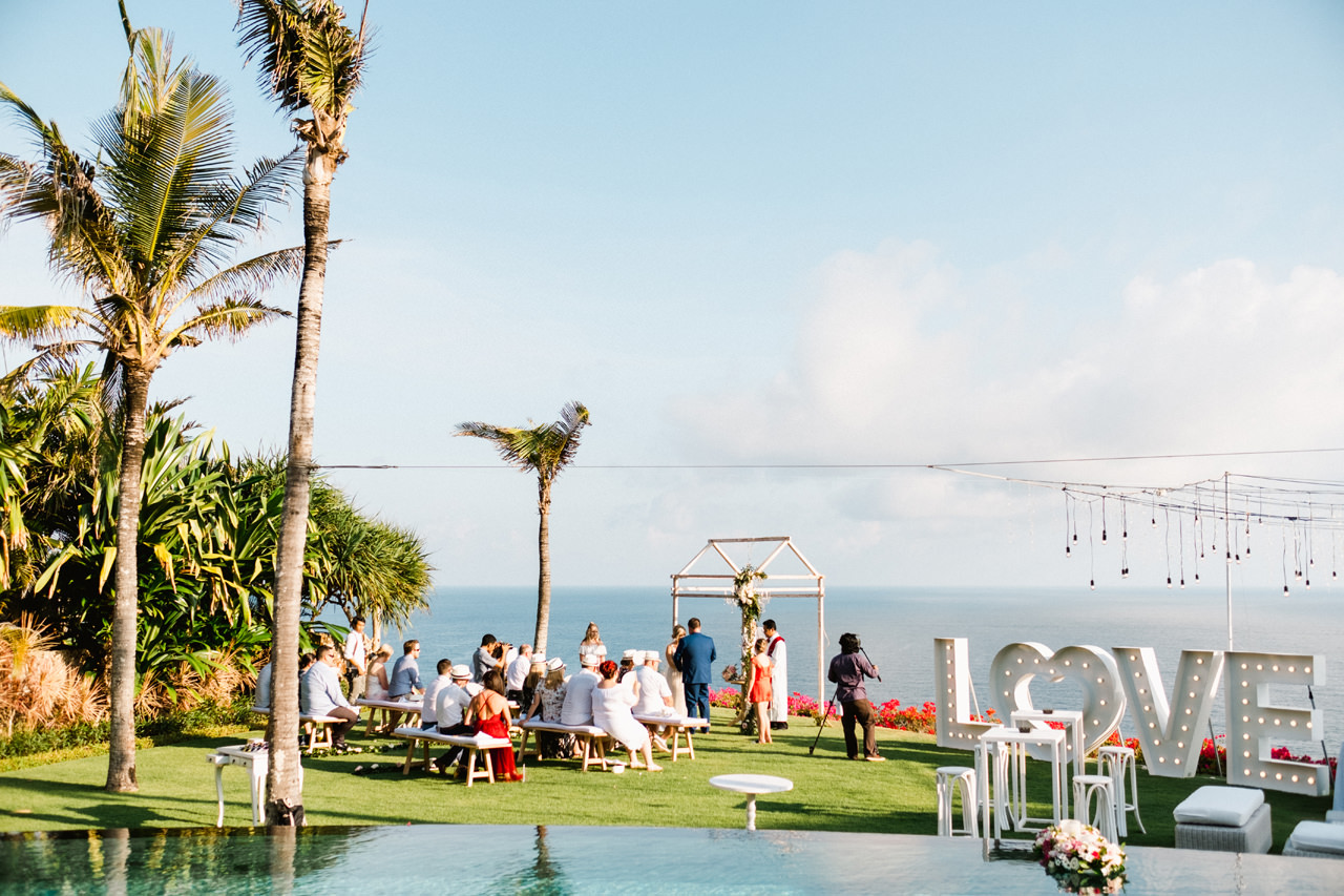 M&N: The Ungasan Clifftop Bali Wedding 25