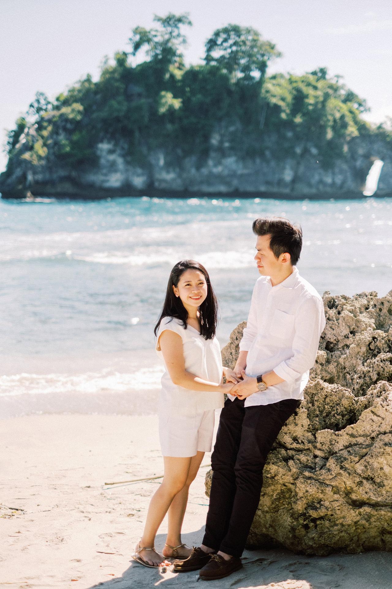 M&R: Nusa Penida Surprise Proposal 2