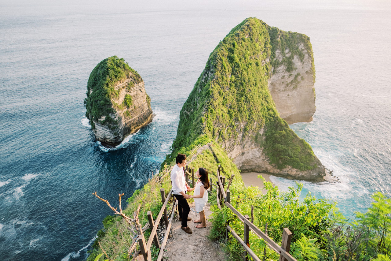 M&R: Nusa Penida Surprise Proposal 17