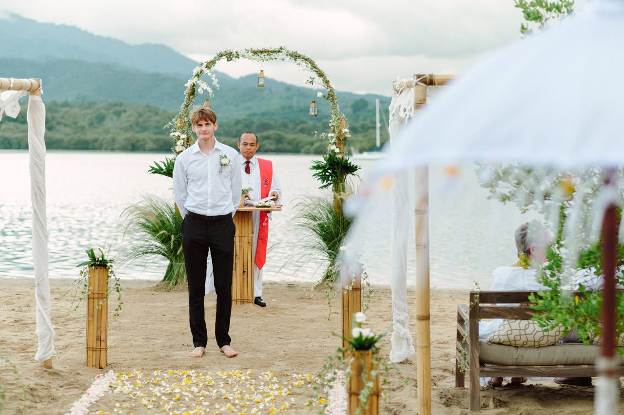 M&V: Sunset Beach Wedding Photography at The Menjangan Dynasty Resort 16