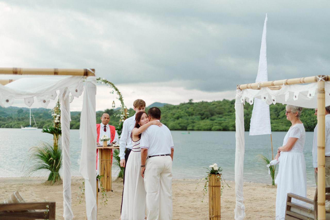 M&V: Sunset Beach Wedding Photography at The Menjangan Dynasty Resort 21