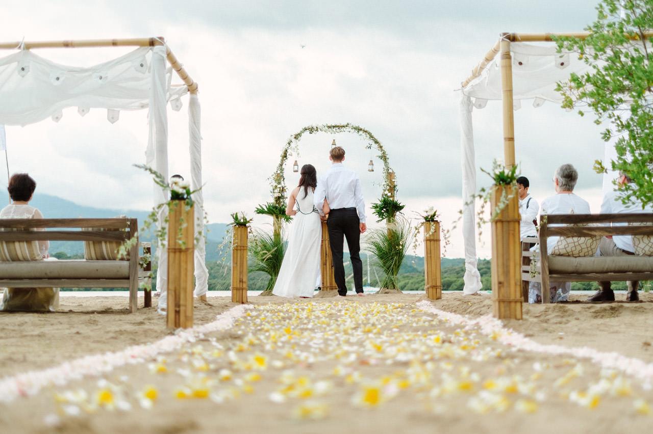 M&V: Sunset Beach Wedding Photography at The Menjangan Dynasty Resort 25