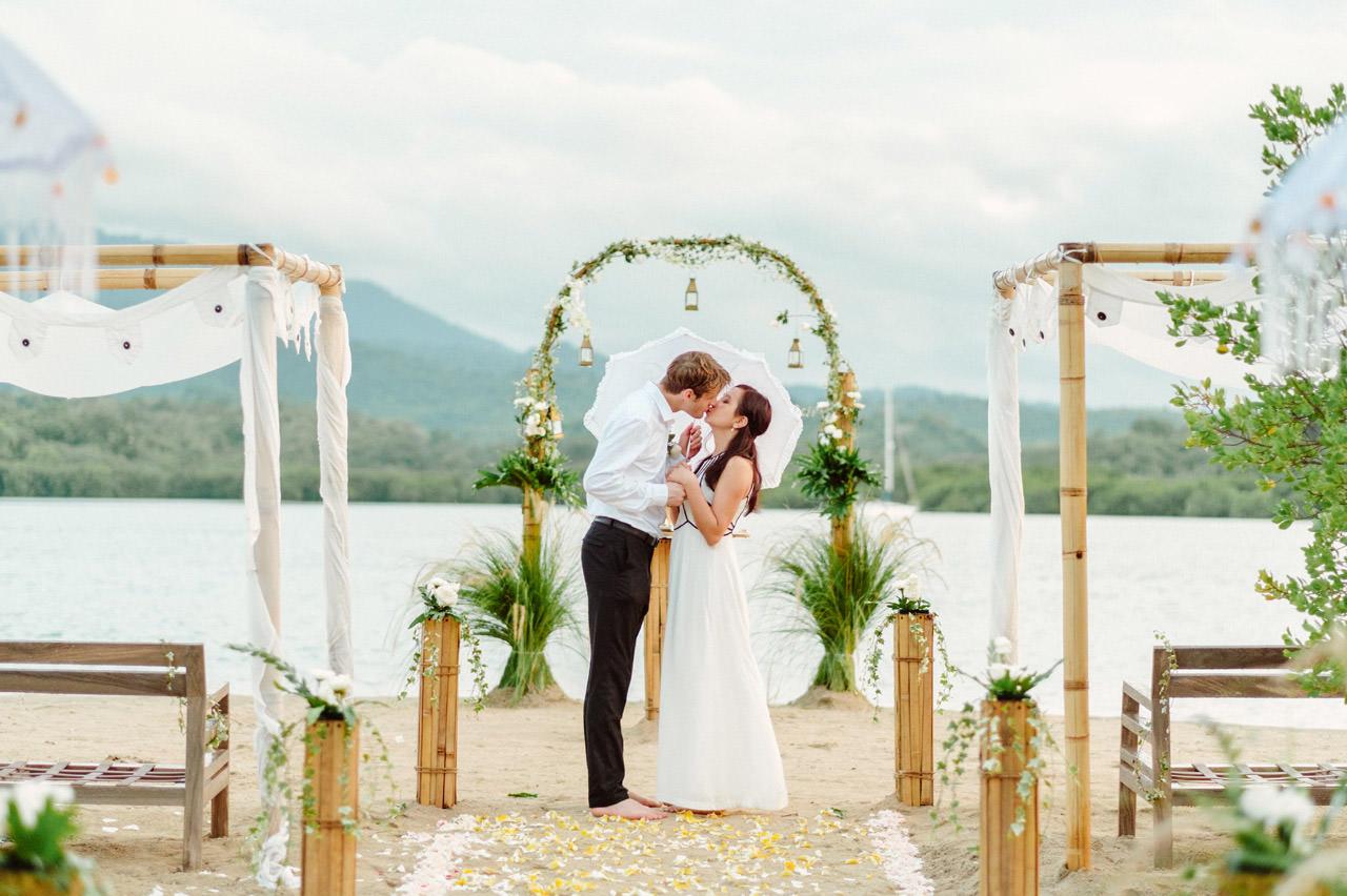 M&V: Sunset Beach Wedding Photography at The Menjangan Dynasty Resort 60