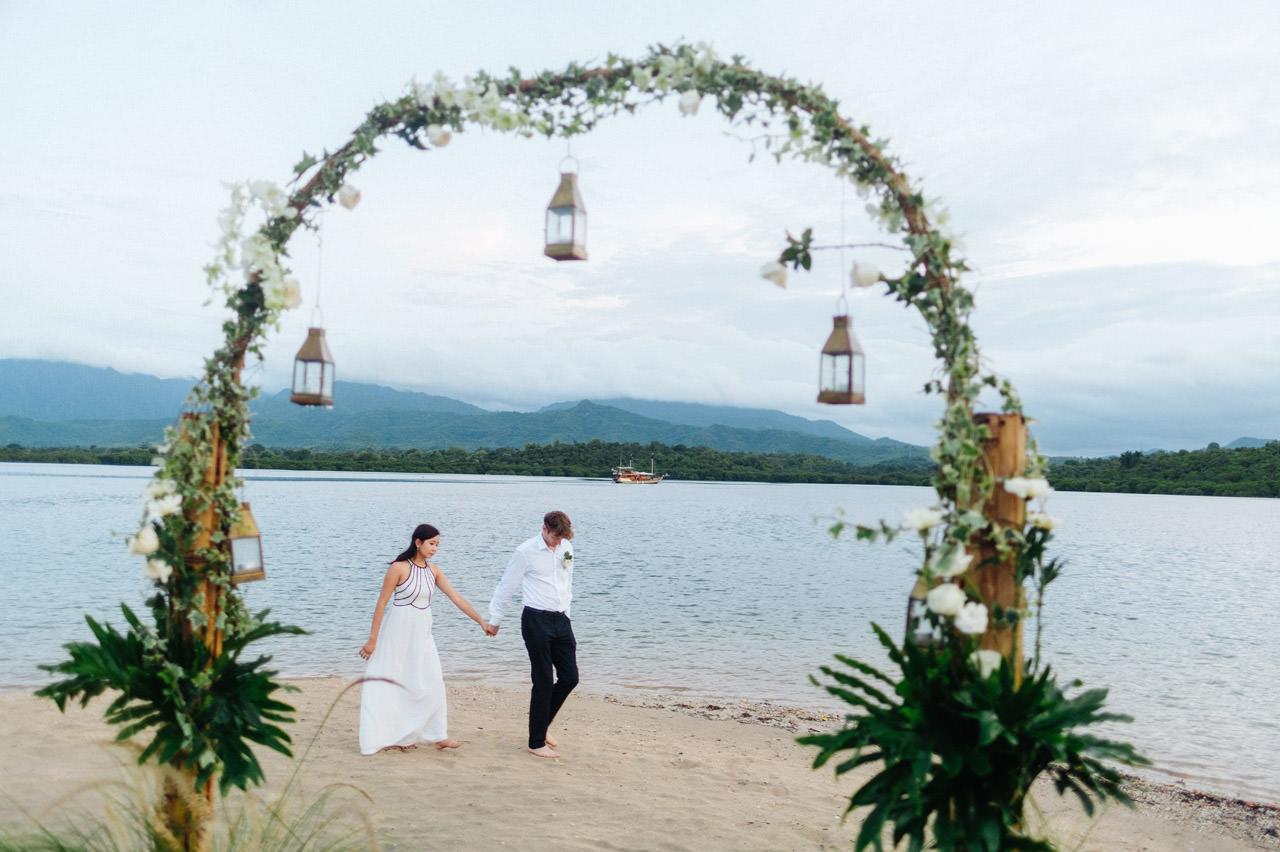 M&V: Sunset Beach Wedding Photography at The Menjangan Dynasty Resort 65