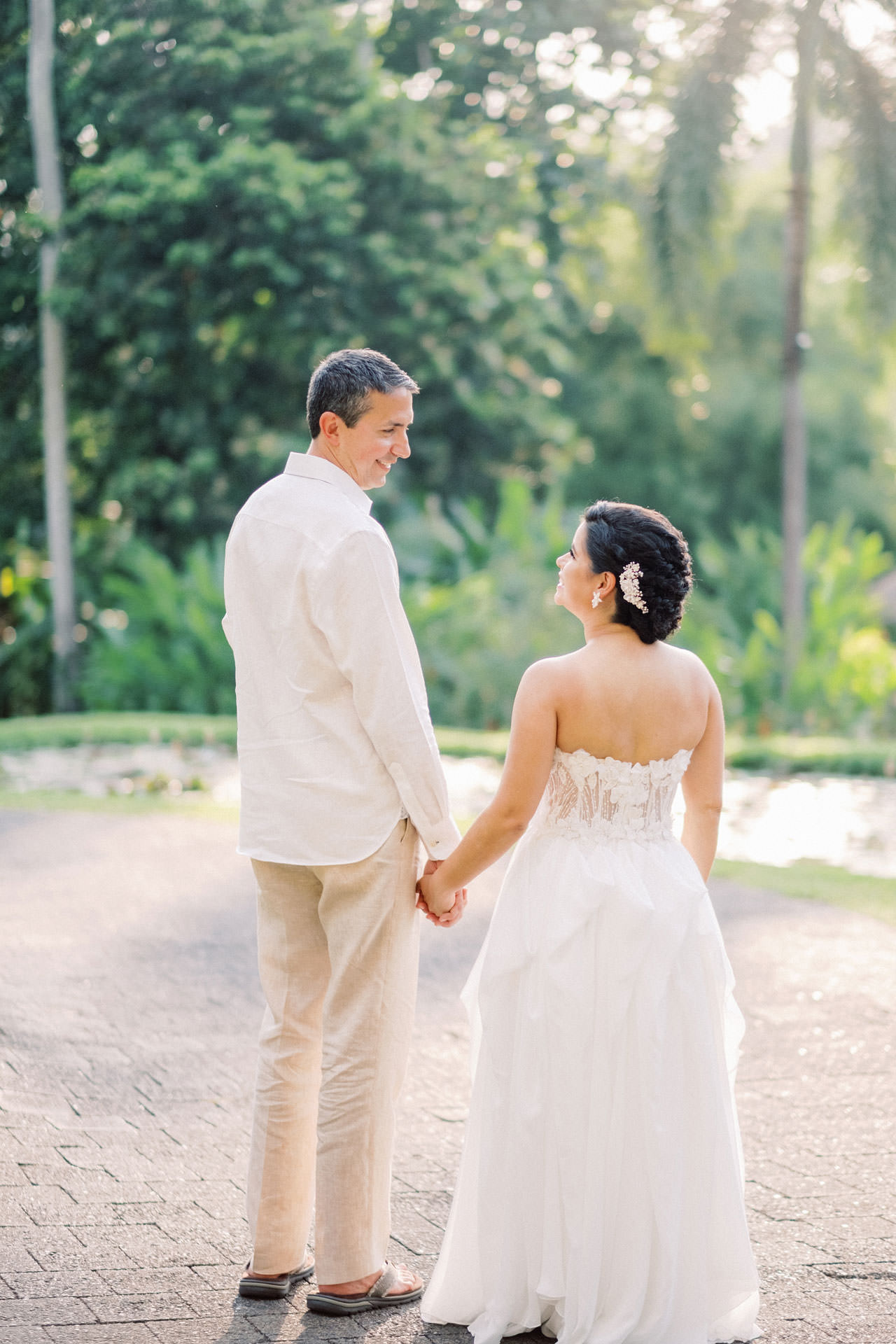 Relax and Intimate Four Seasons Ubud Elopement 18