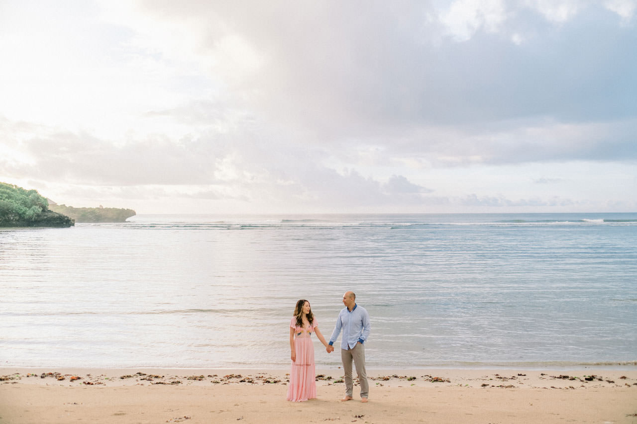 N&D: Sunrise Melasti Beach Bali Prewedding Photos 1