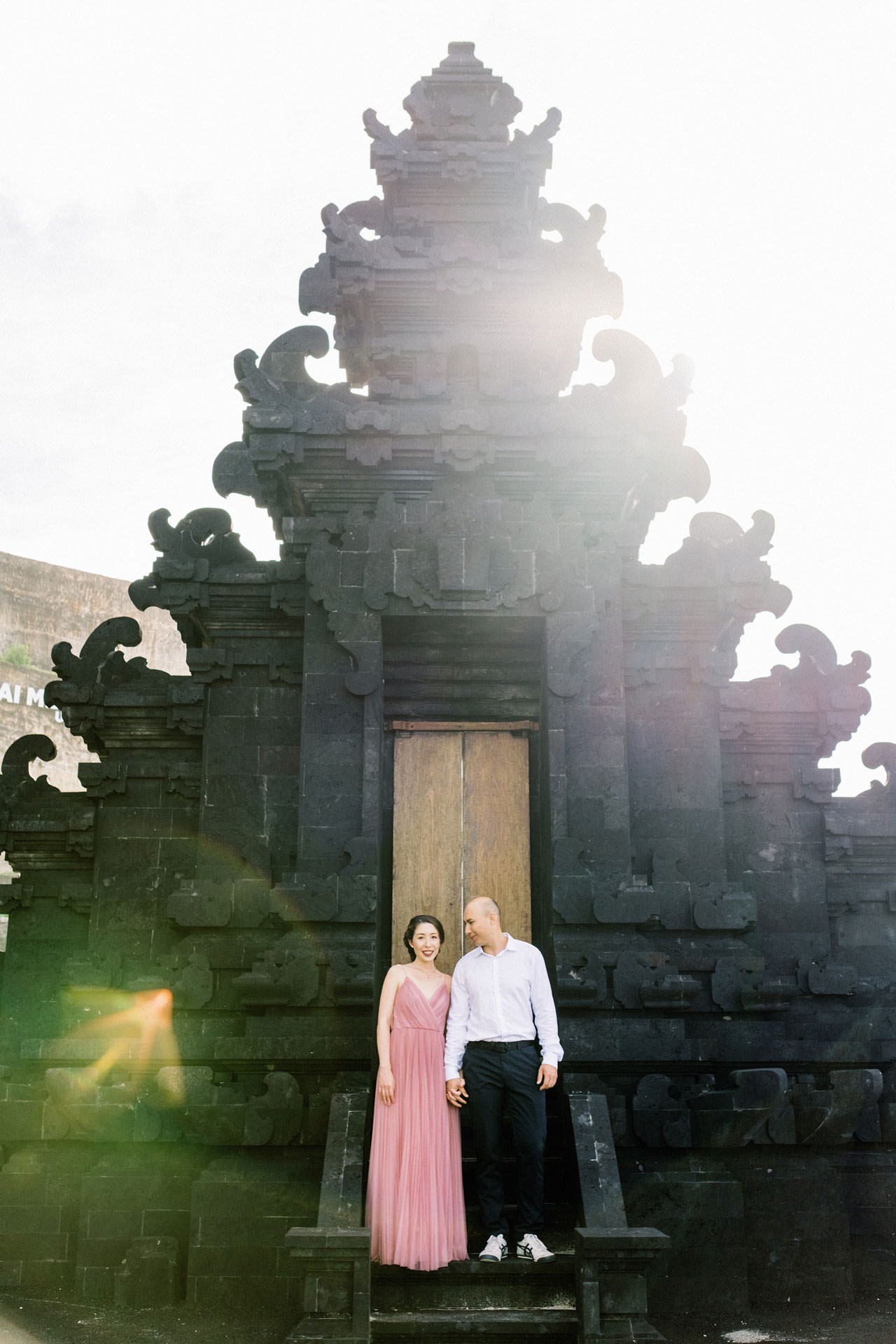 N&D: Sunrise Melasti Beach Bali Prewedding Photos 6