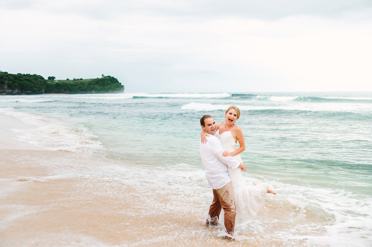R&A: Bali Honeymoon Photography - Trash The Dress 36