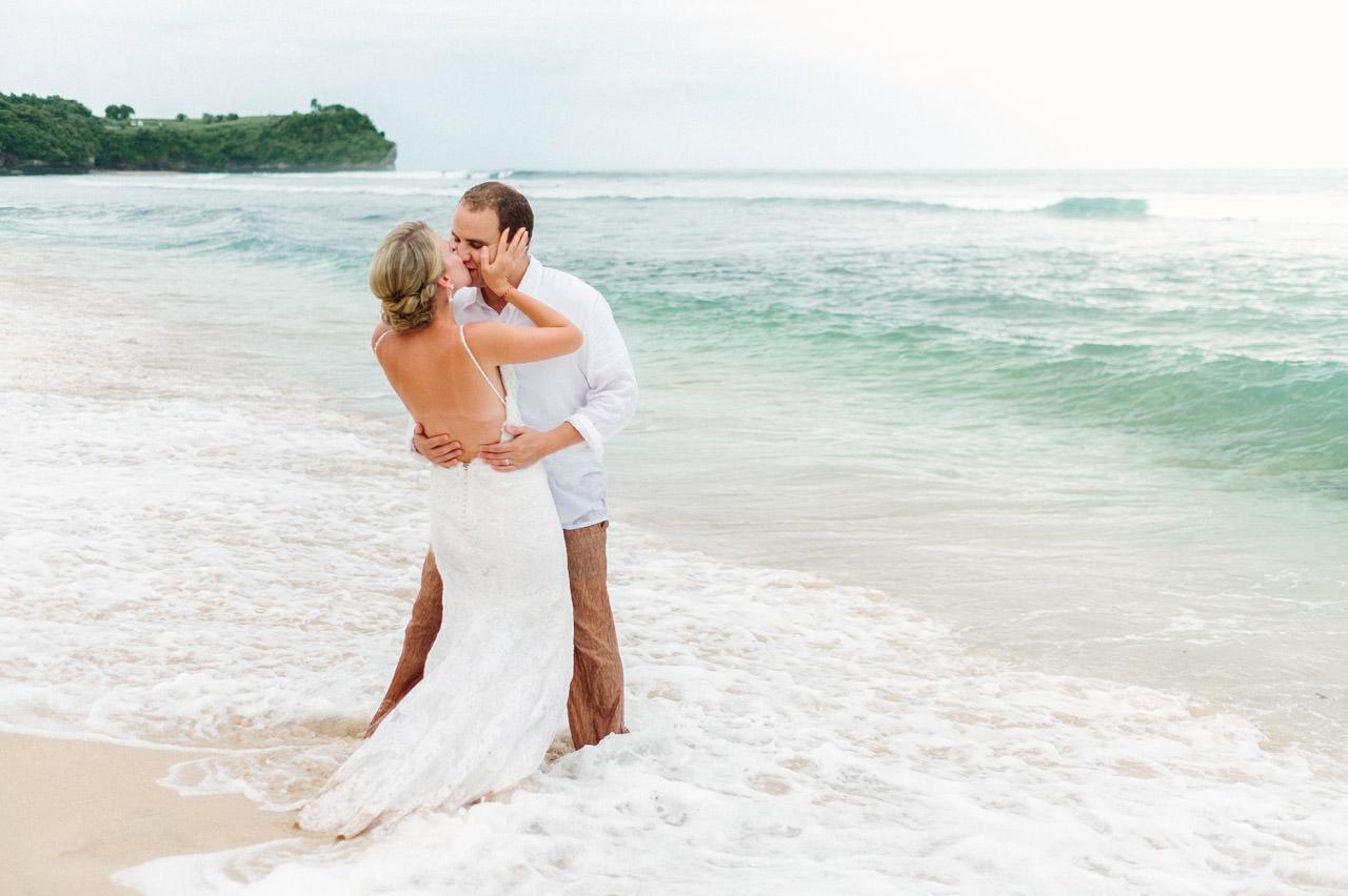 R&A: Bali Honeymoon Photography - Trash The Dress 41