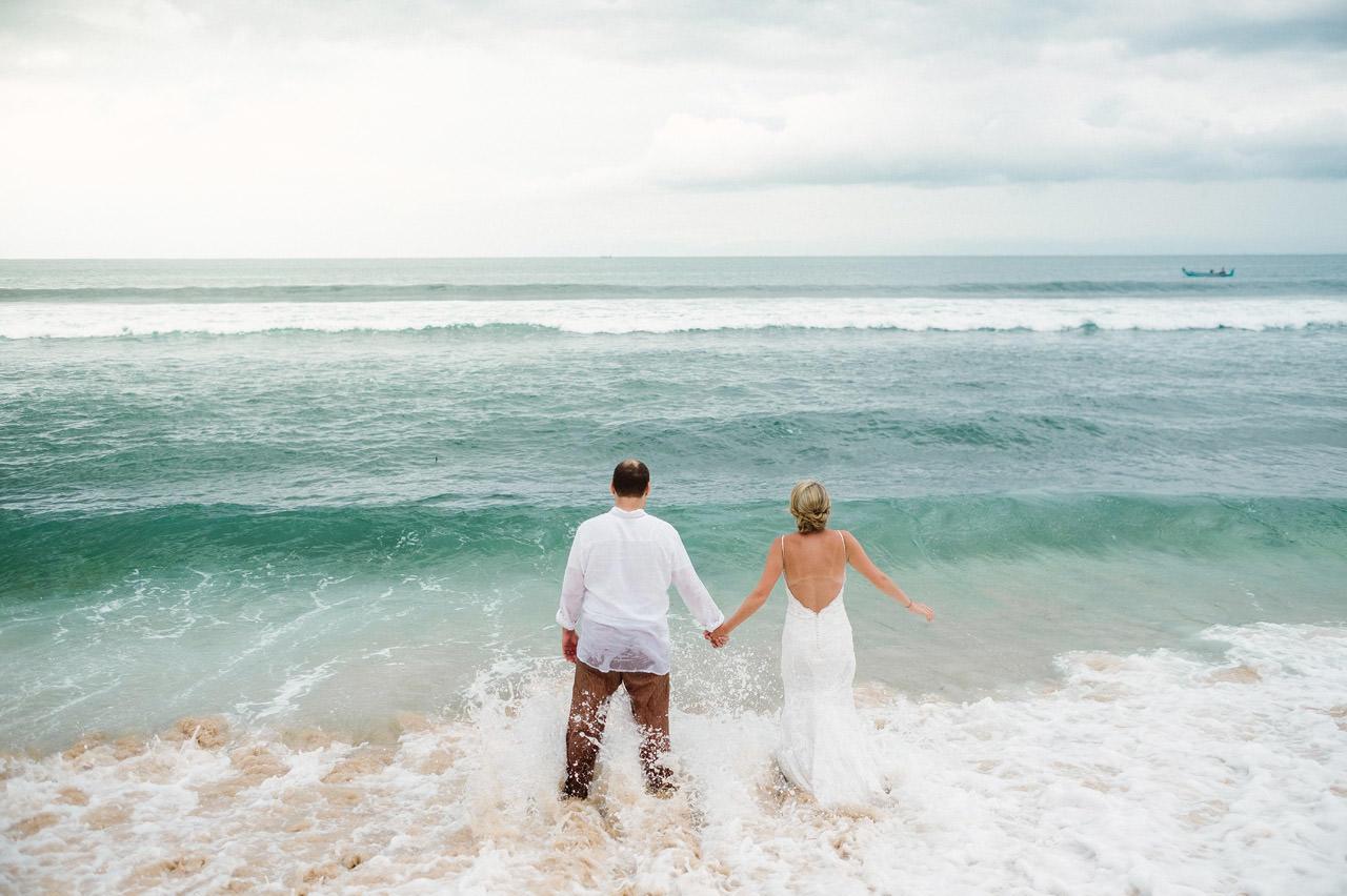 R&A: Bali Honeymoon Photography - Trash The Dress 43