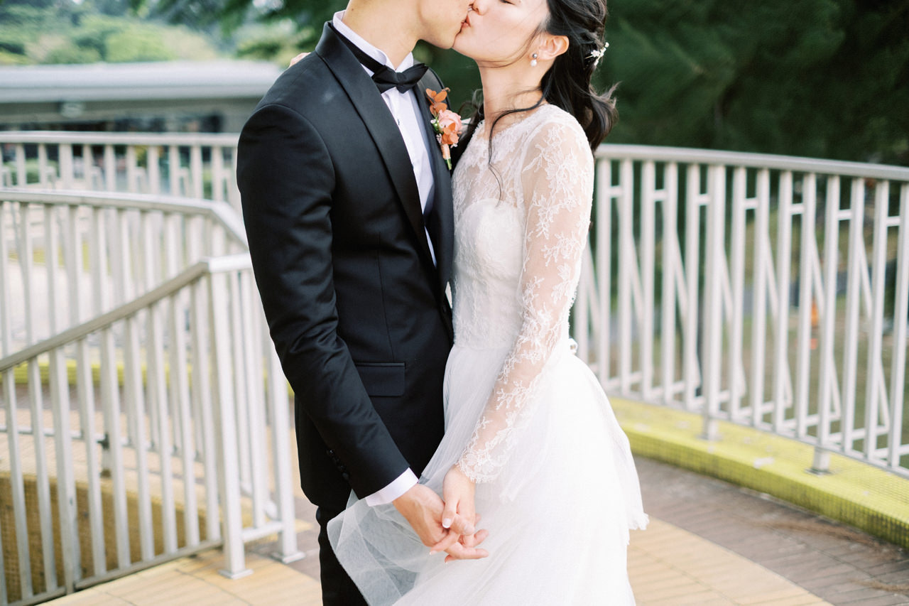 Elegant Raffles Hotel Singapore Wedding 5