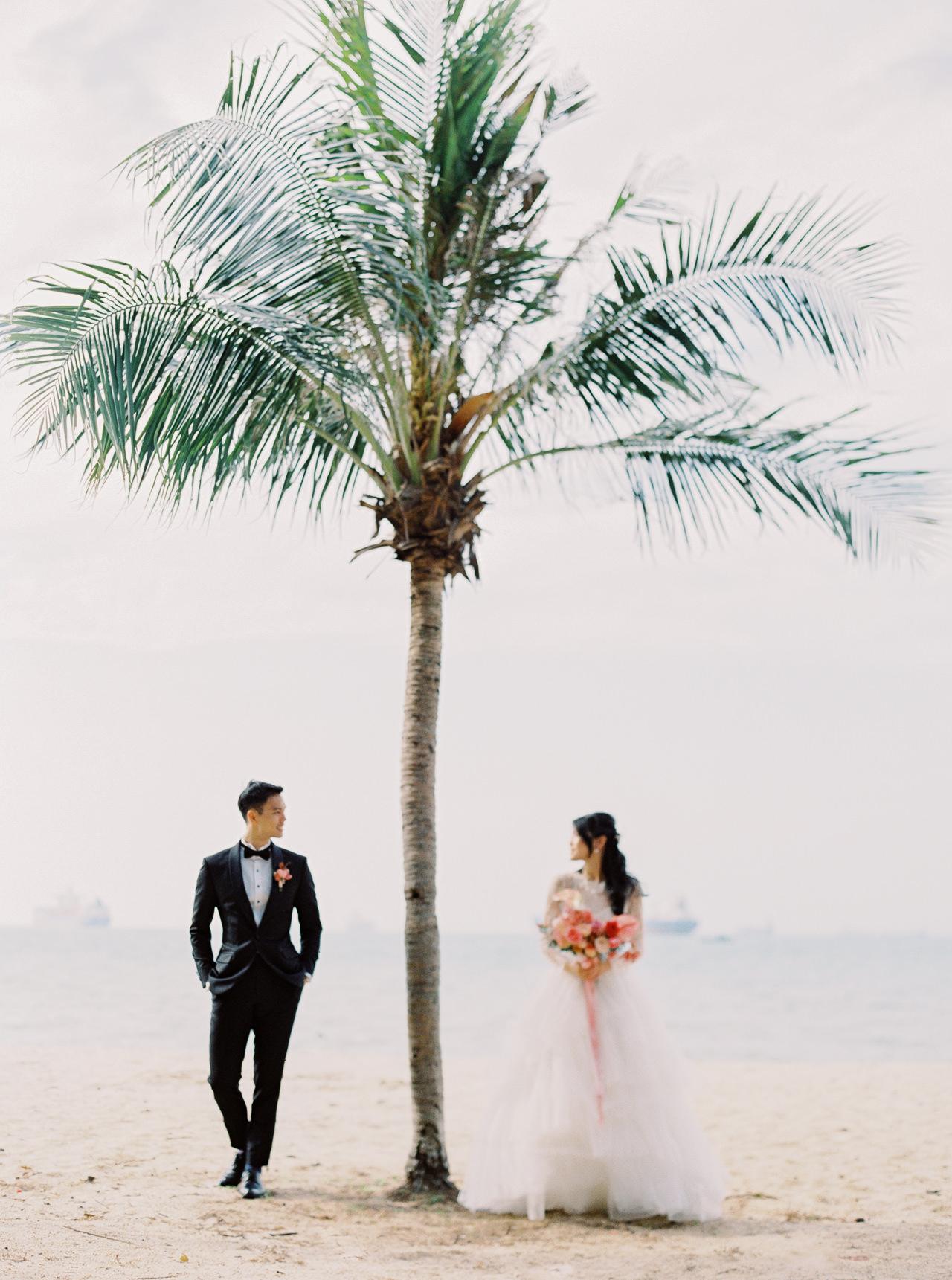 Elegant Raffles Hotel Singapore Wedding 8