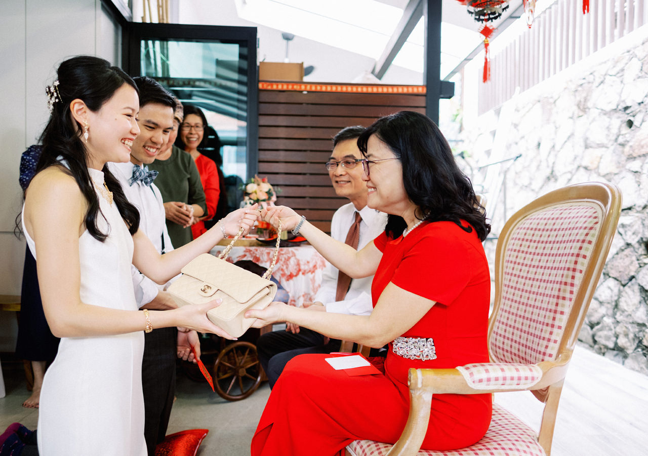 Elegant Raffles Hotel Singapore Wedding 17