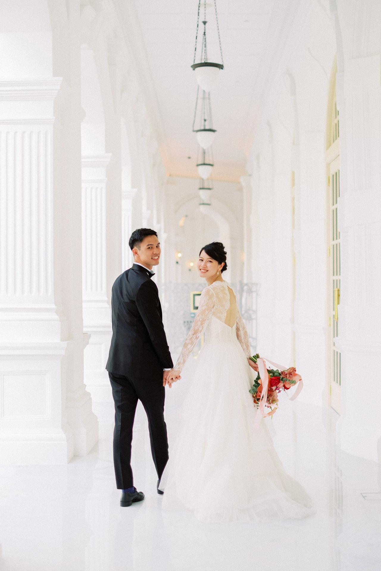 Elegant Raffles Hotel Singapore Wedding 36
