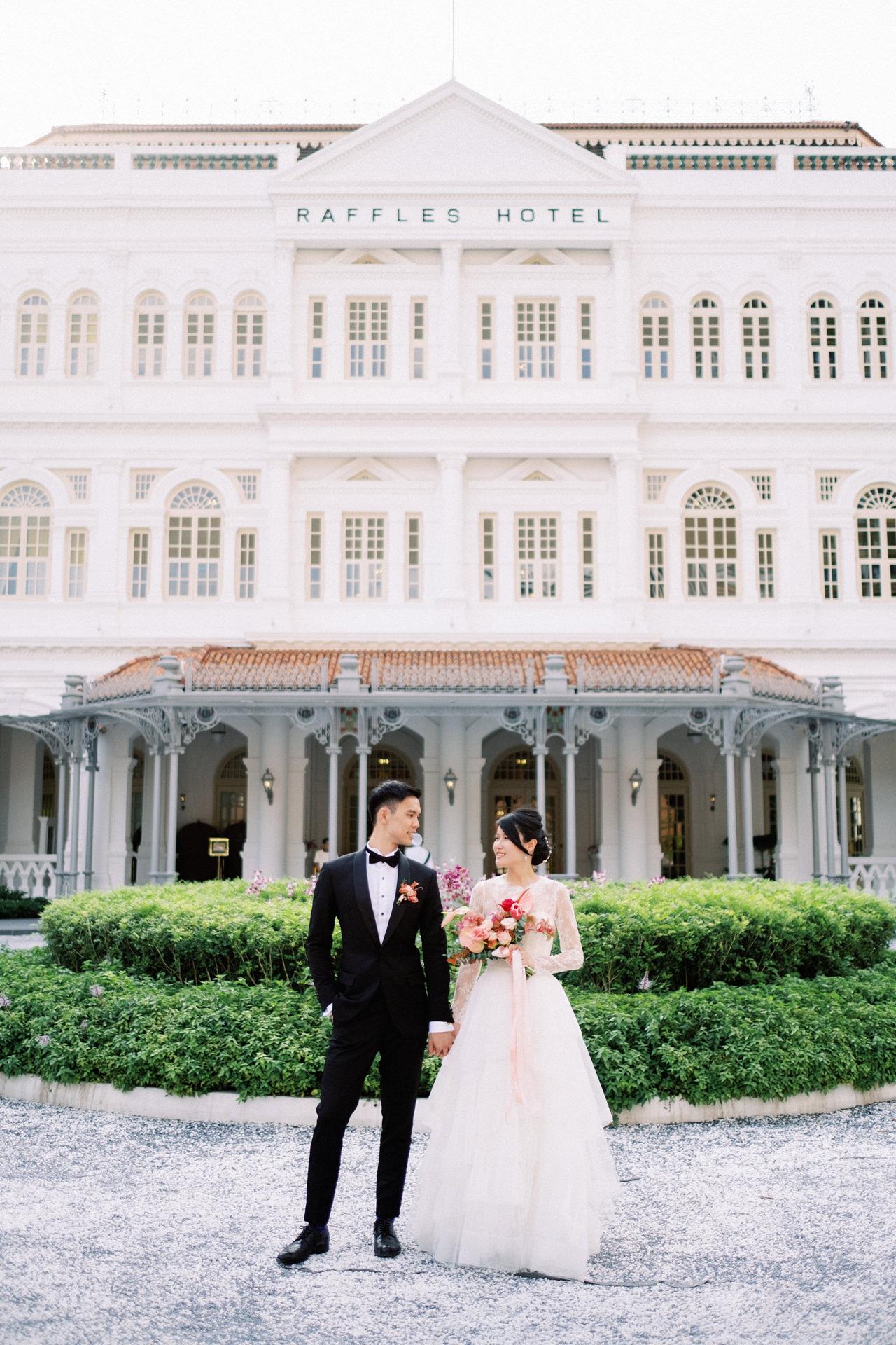 Elegant Raffles Hotel Singapore Wedding 37