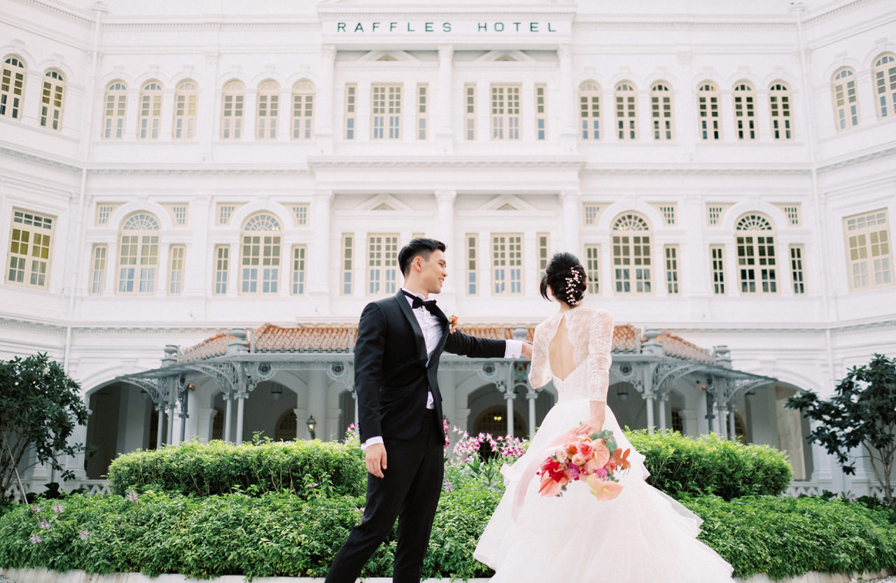Elegant Raffles Hotel Singapore Wedding 38
