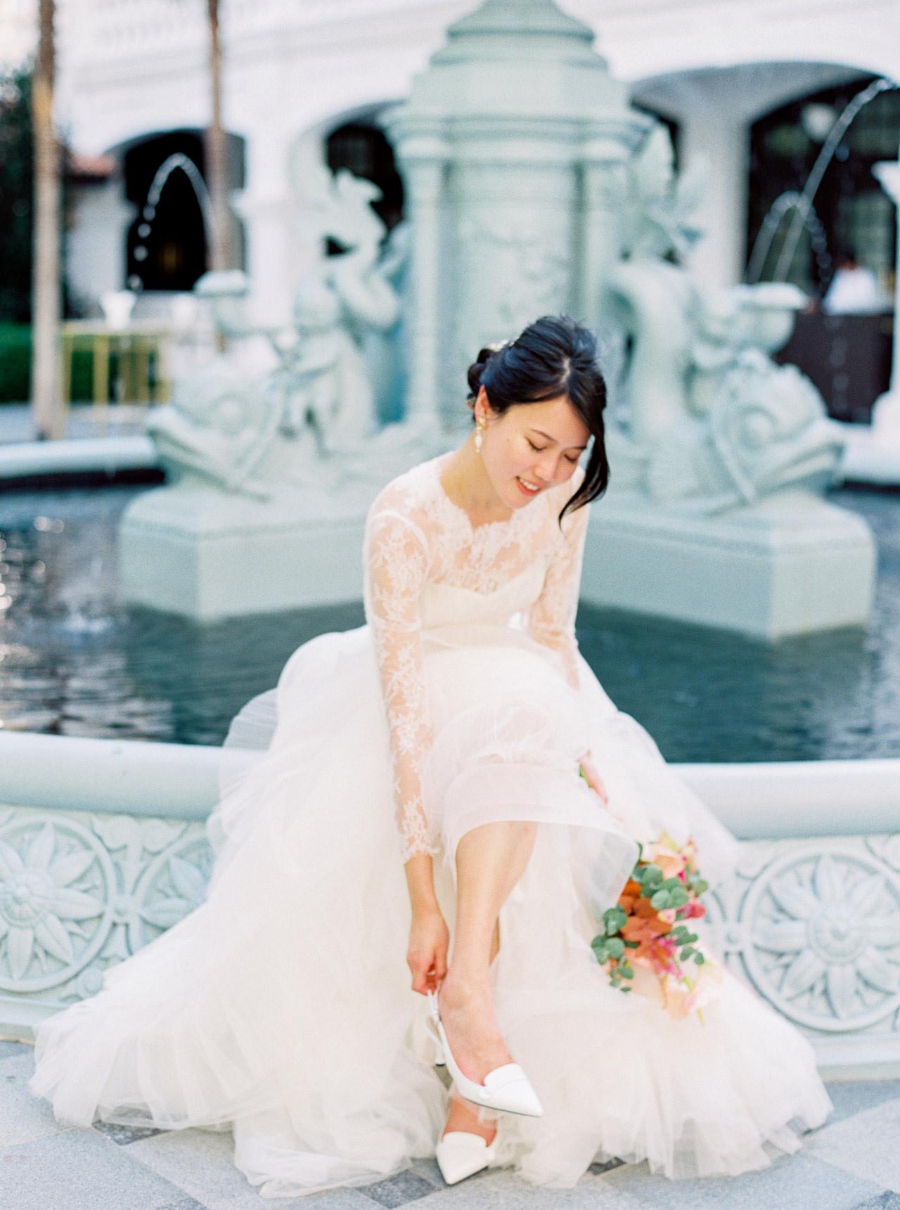 Elegant Raffles Hotel Singapore Wedding 39