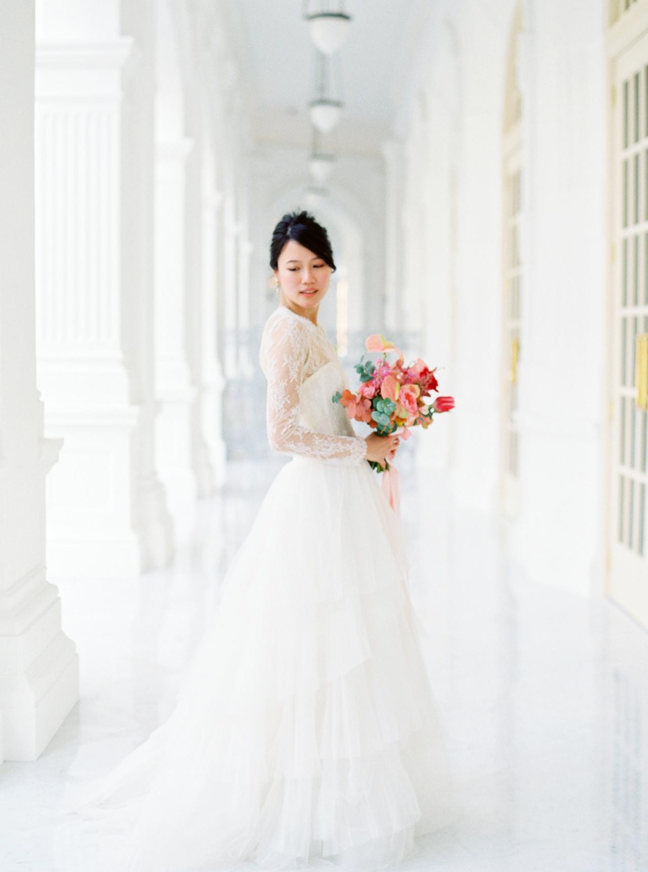 Elegant Raffles Hotel Singapore Wedding 43