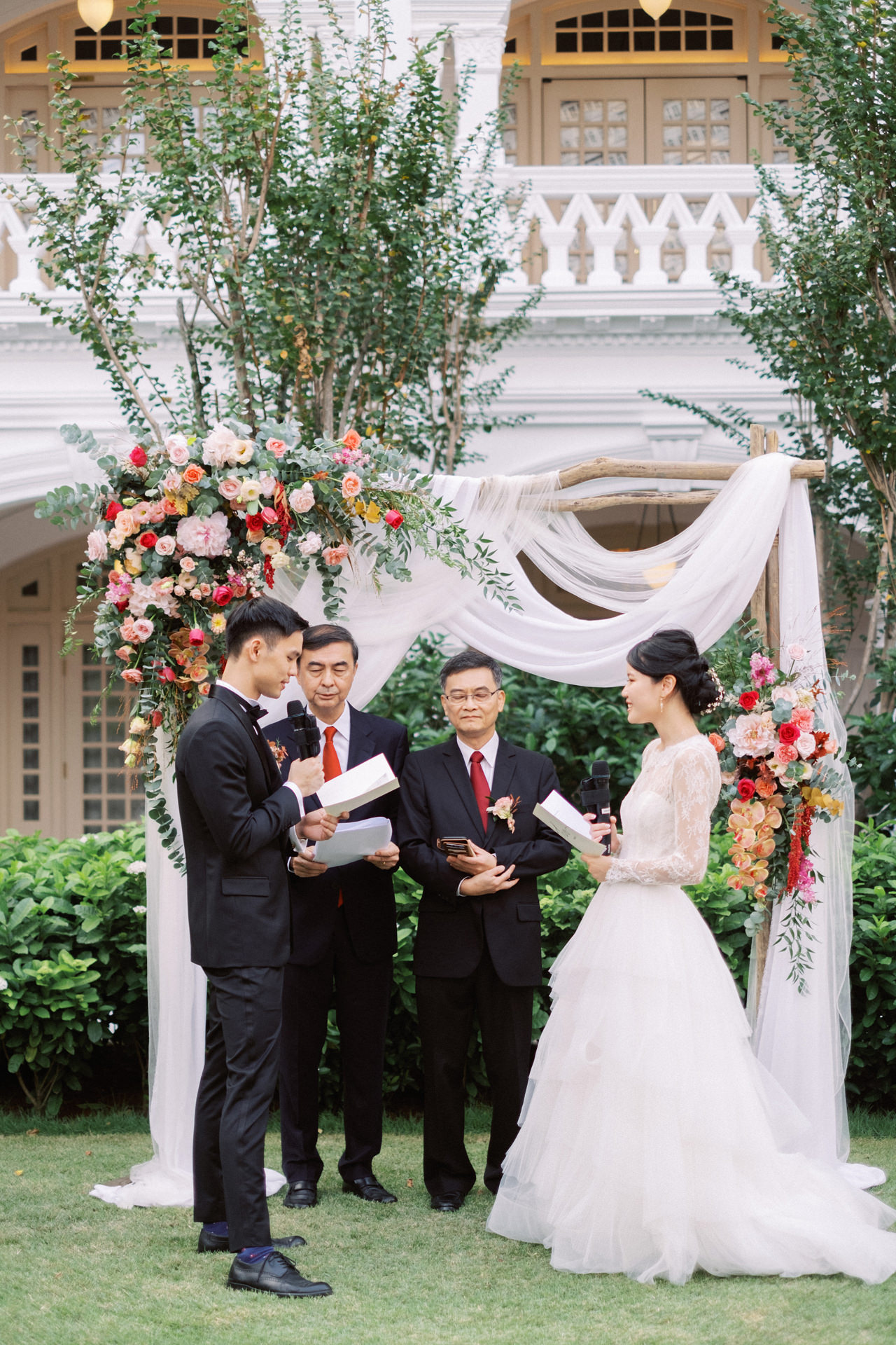 Elegant Raffles Hotel Singapore Wedding 50