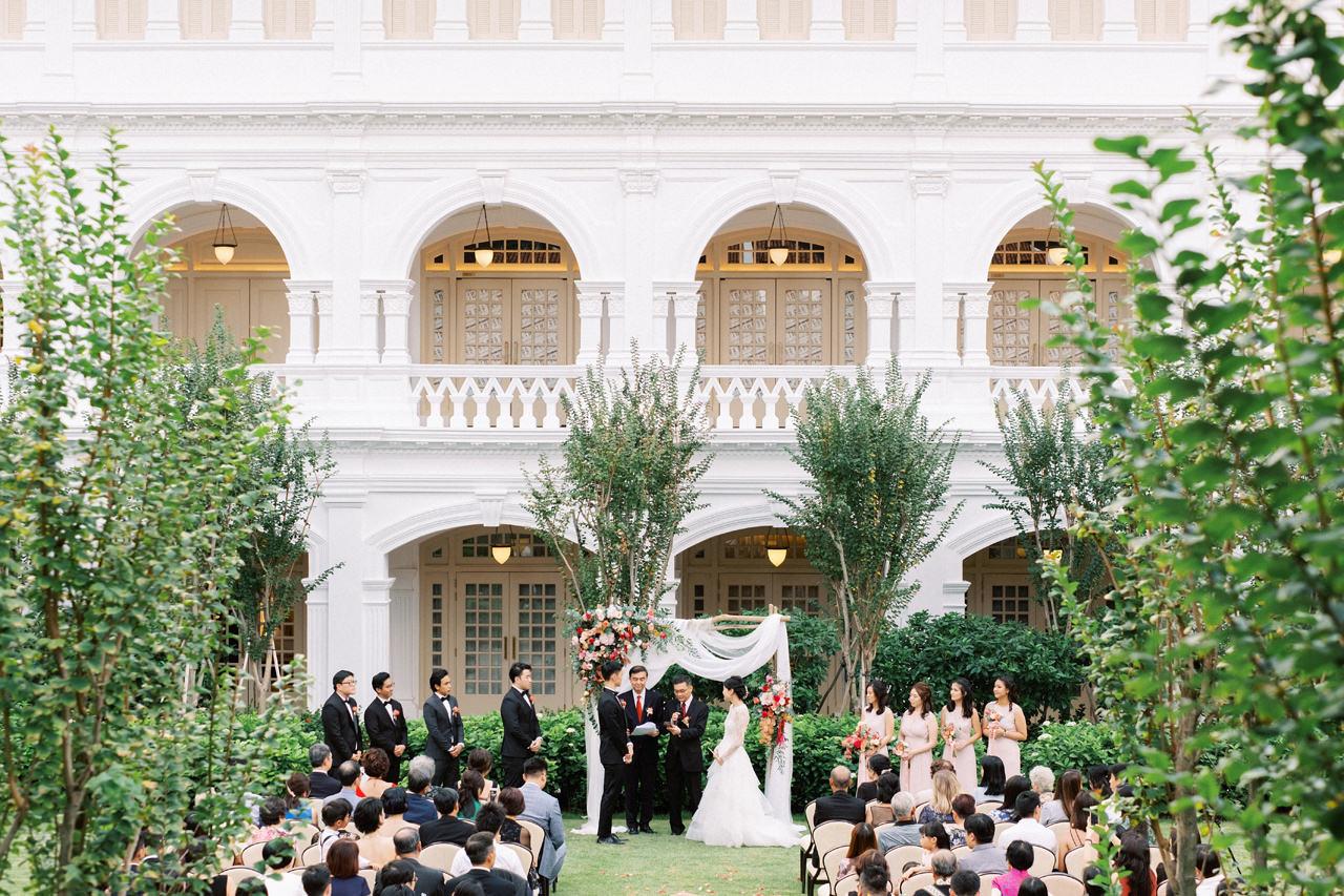 Elegant Raffles Hotel Singapore Wedding 53