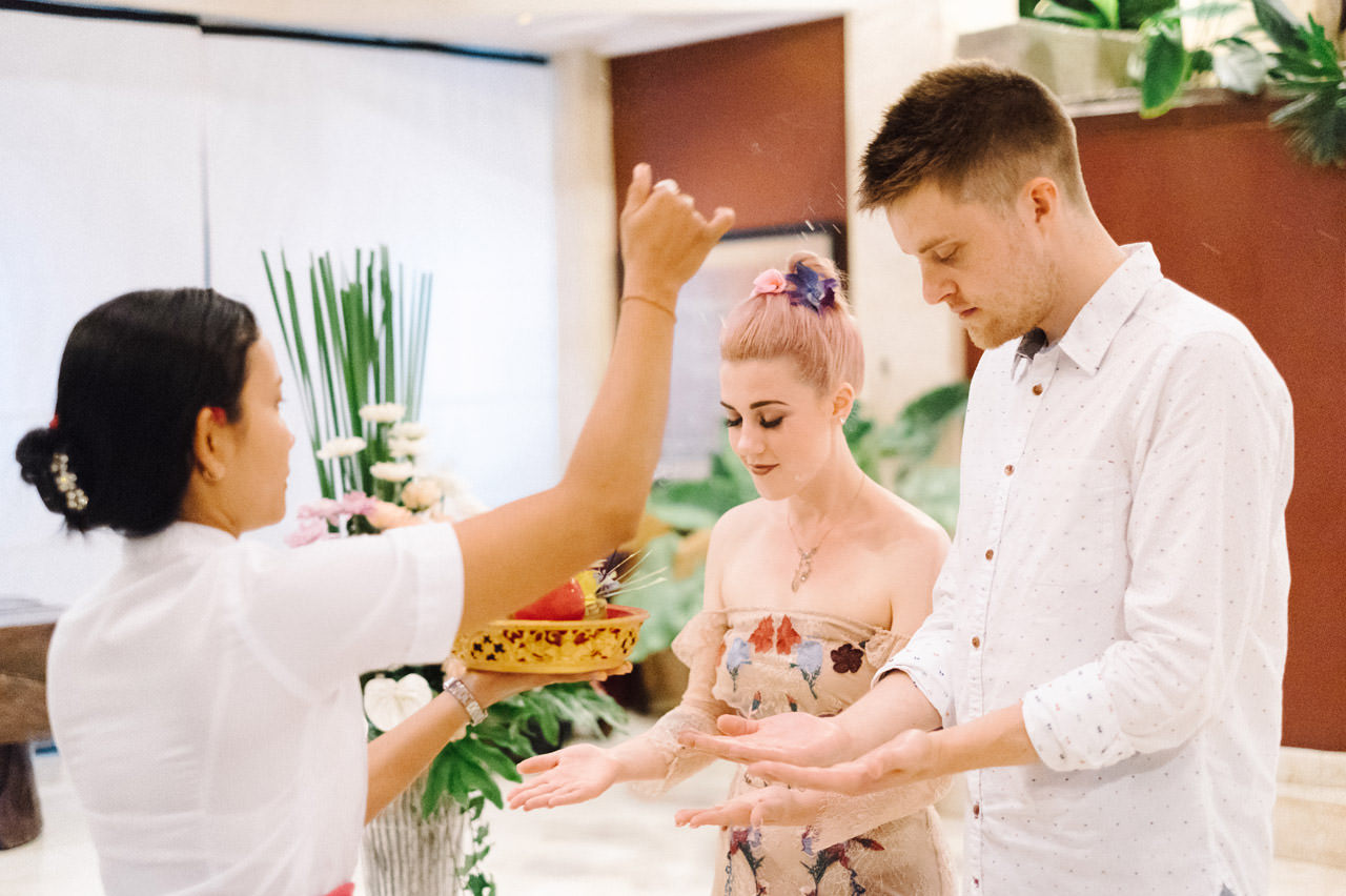H & R: Viceroy Bali Elopement Photography 40