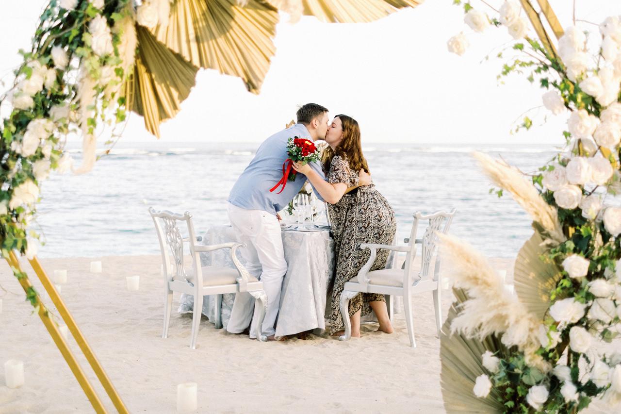 R&K: Beachside St. Regis Bali Dinner Proposal 16
