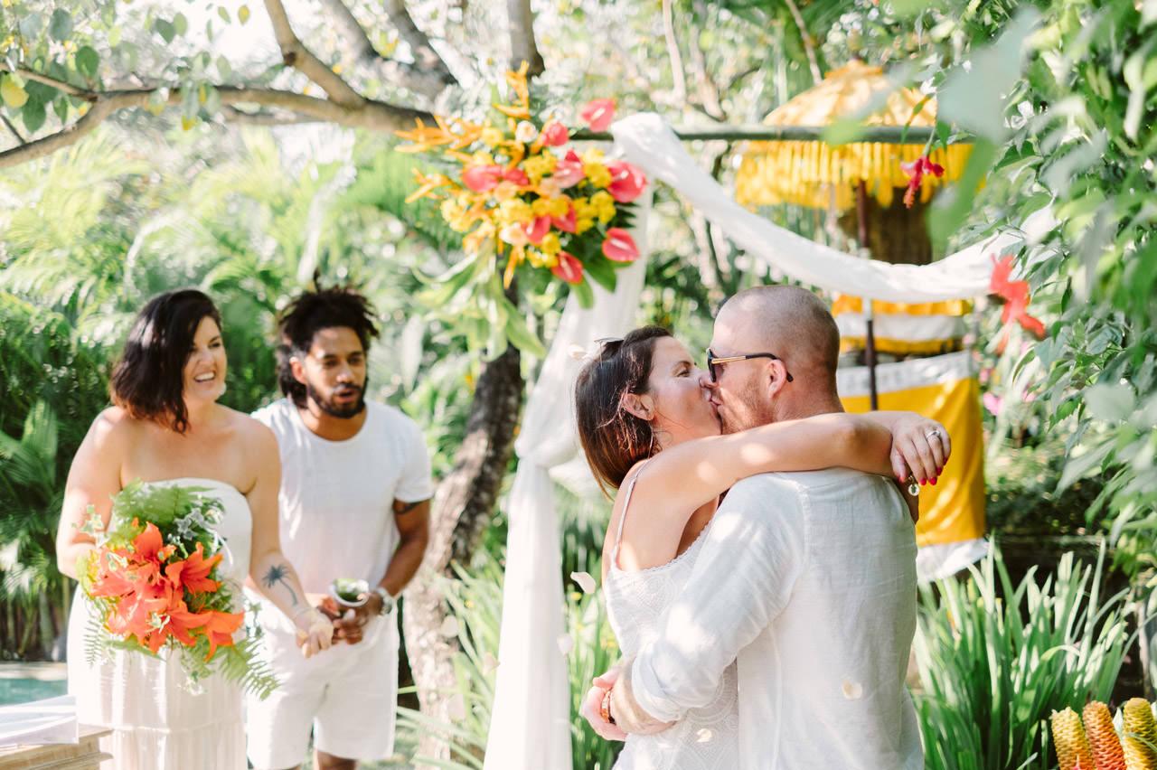 Matt & Renee: Intimate Bali Wedding Vow Renewal 15