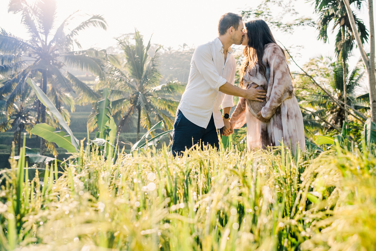R&M: Sunrise Ubud Bali Maternity Photography 8