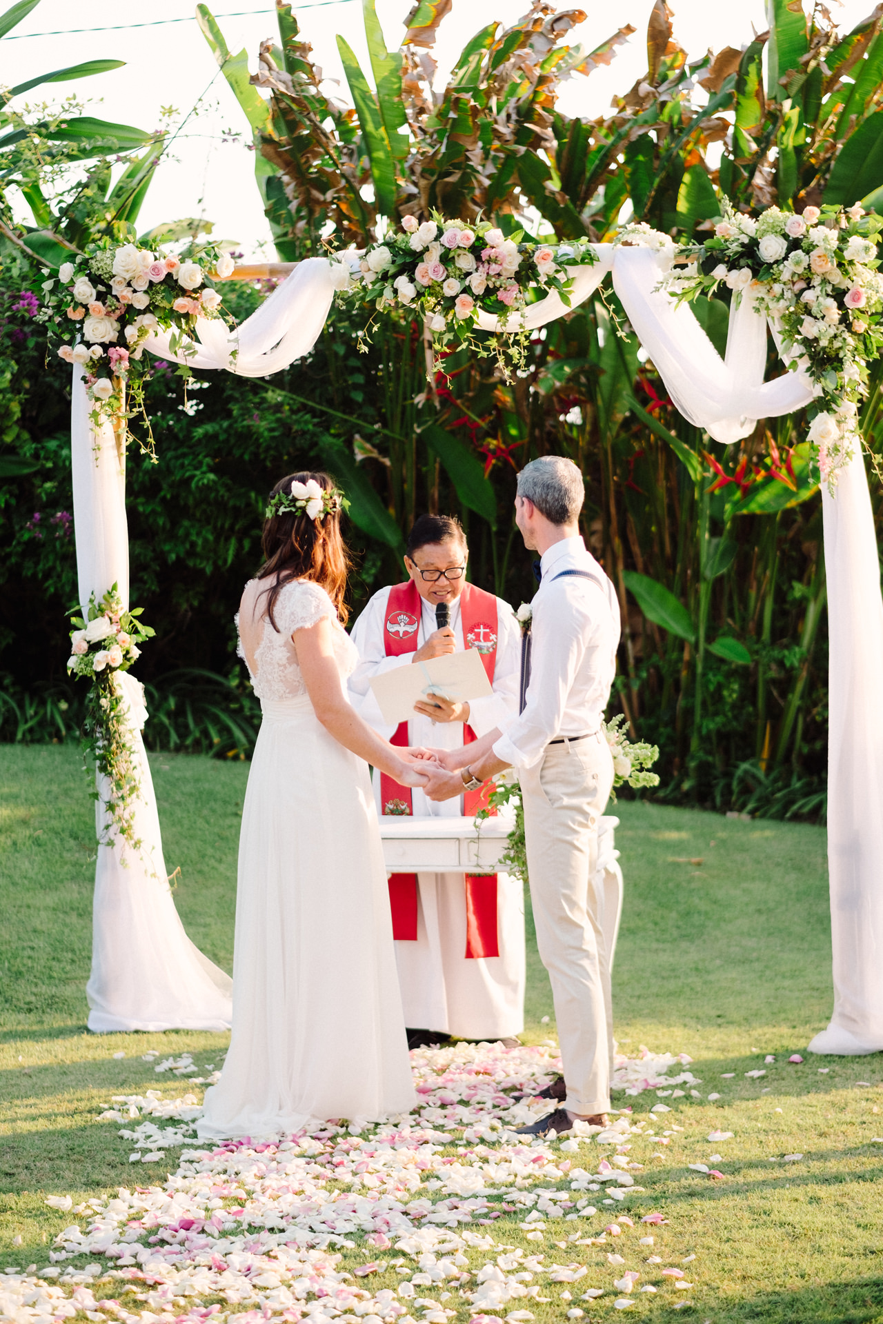 F&S: A Light and Airy Bali Beach Wedding Destination 21