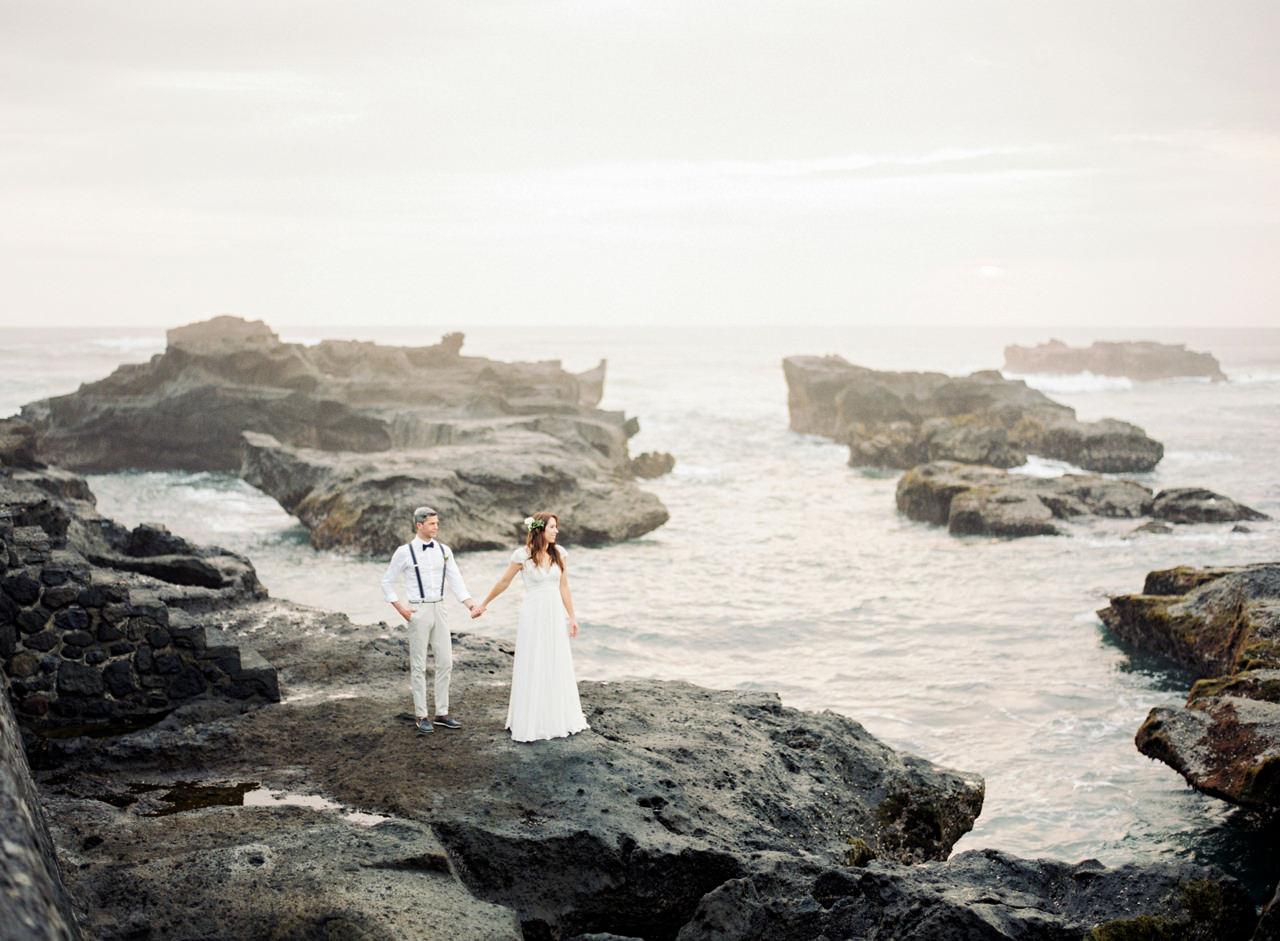 F&S: A Light and Airy Bali Beach Wedding Destination 27