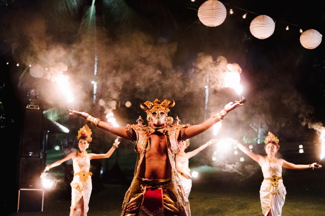 F&S: A Light and Airy Bali Beach Wedding Destination 42
