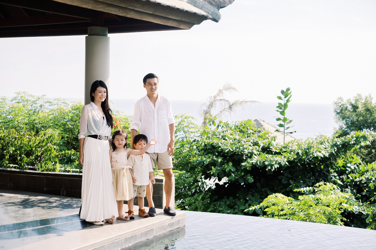 S&G: Bali Family Vacation Photo at The Beach 4