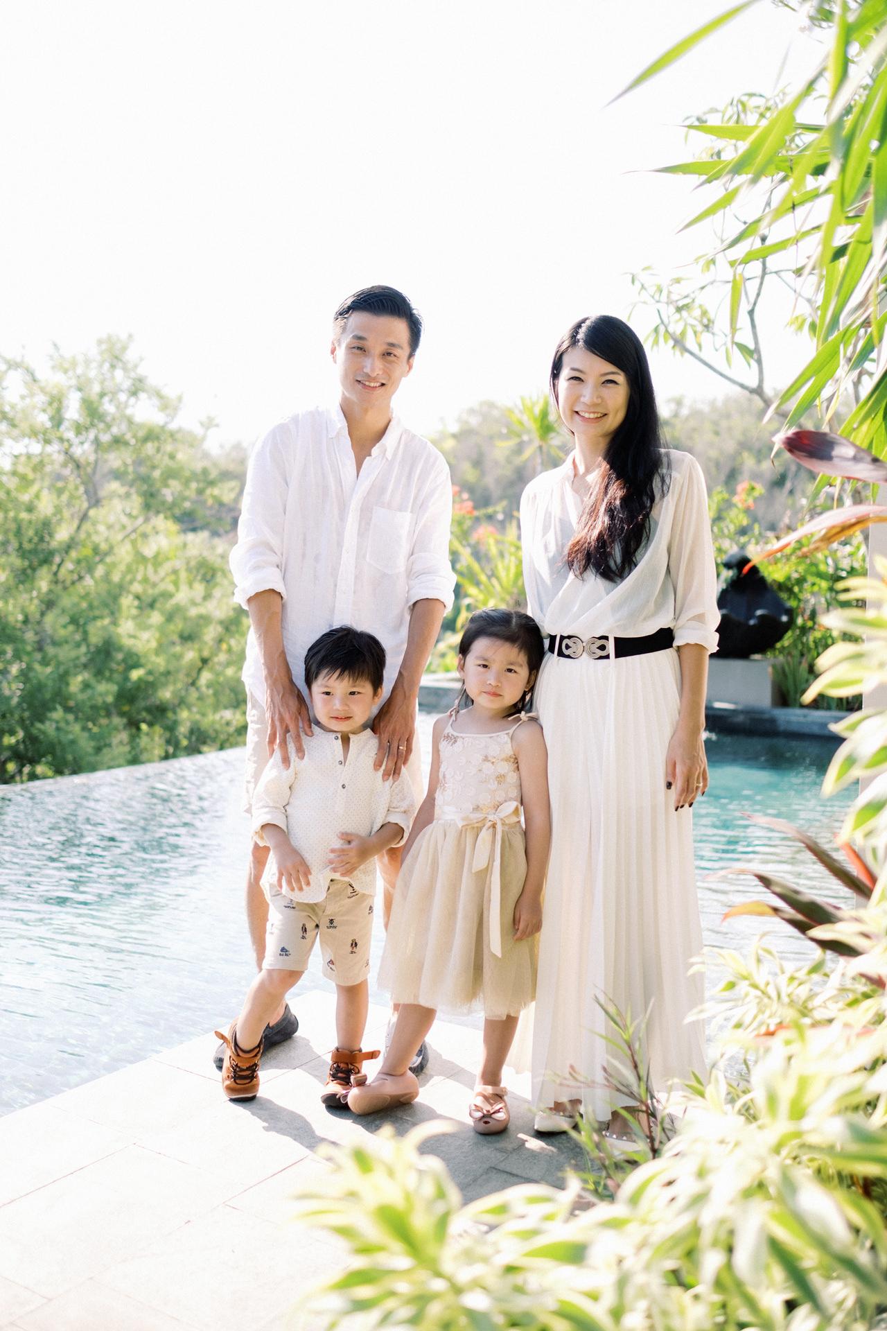 S&G: Bali Family Vacation Photo at The Beach 5