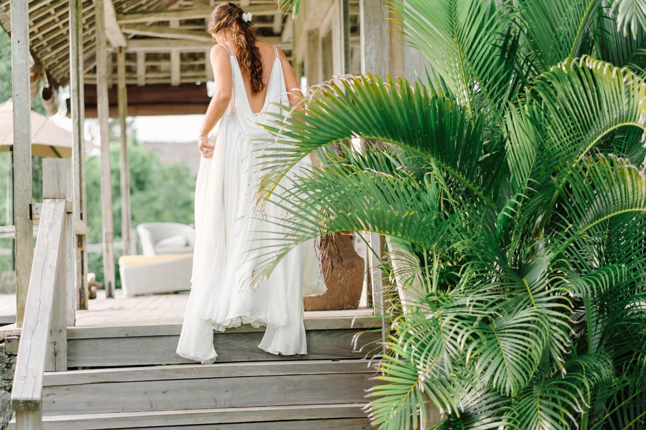S&K: Bali Barefoot Wedding at Sungai Tinggi Beach Villa 29