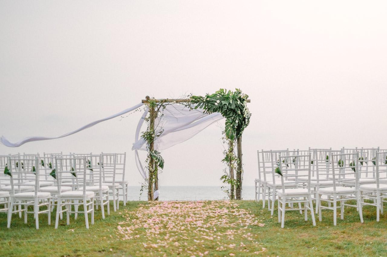 S&K: Bali Barefoot Wedding at Sungai Tinggi Beach Villa 33