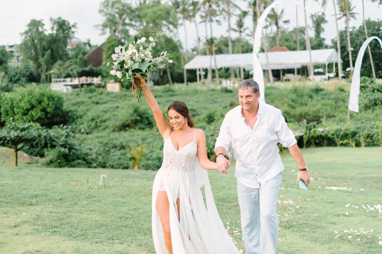 S&K: Bali Barefoot Wedding at Sungai Tinggi Beach Villa 36