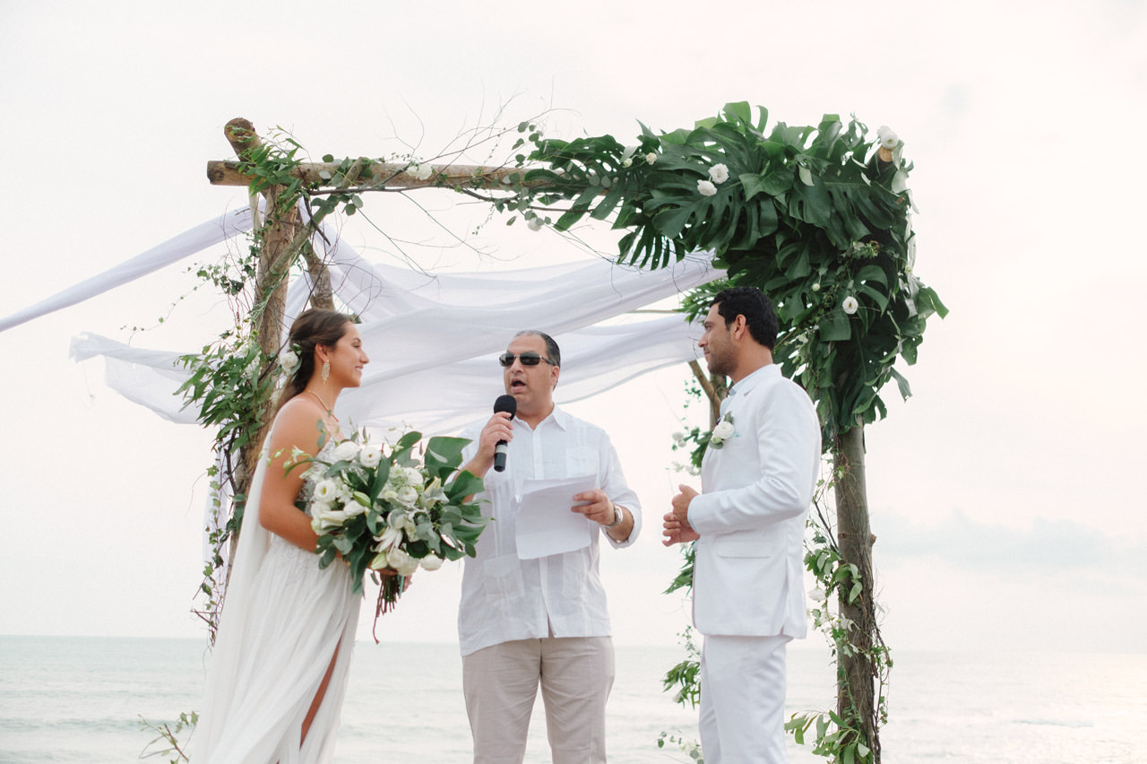 S&K: Bali Barefoot Wedding at Sungai Tinggi Beach Villa 49