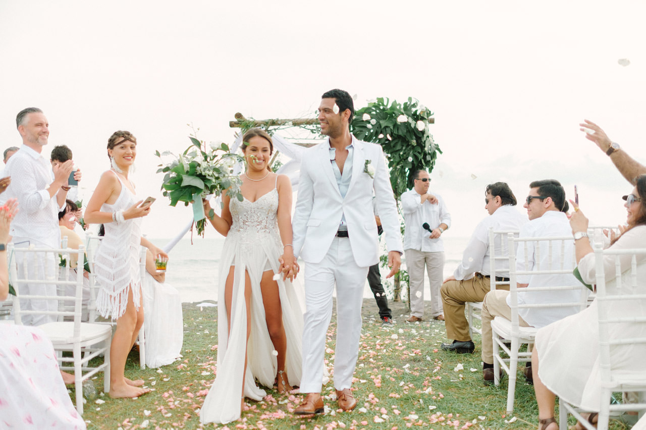 S&K: Bali Barefoot Wedding at Sungai Tinggi Beach Villa 51