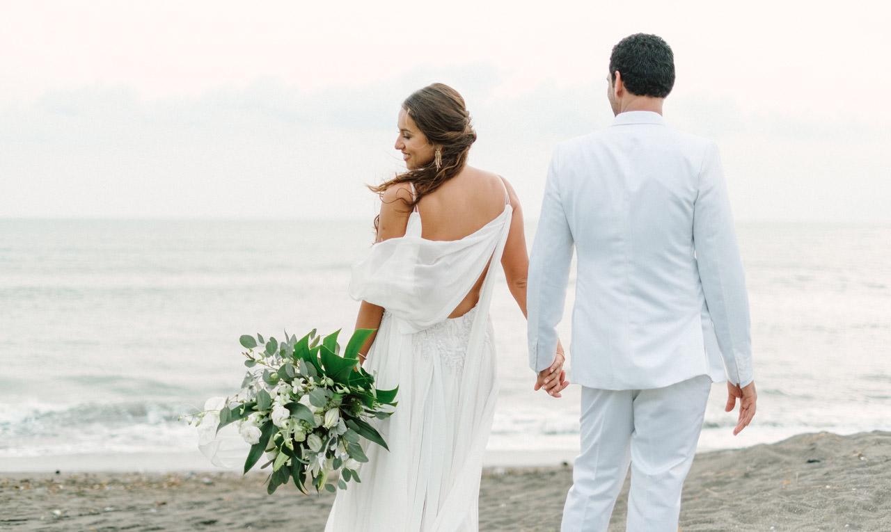 S&K: Bali Barefoot Wedding at Sungai Tinggi Beach Villa 56