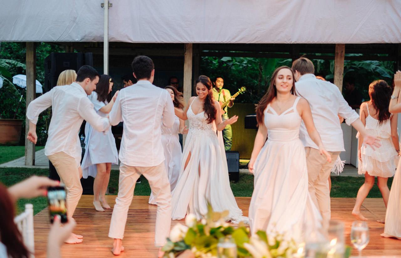 S&K: Bali Barefoot Wedding at Sungai Tinggi Beach Villa 69