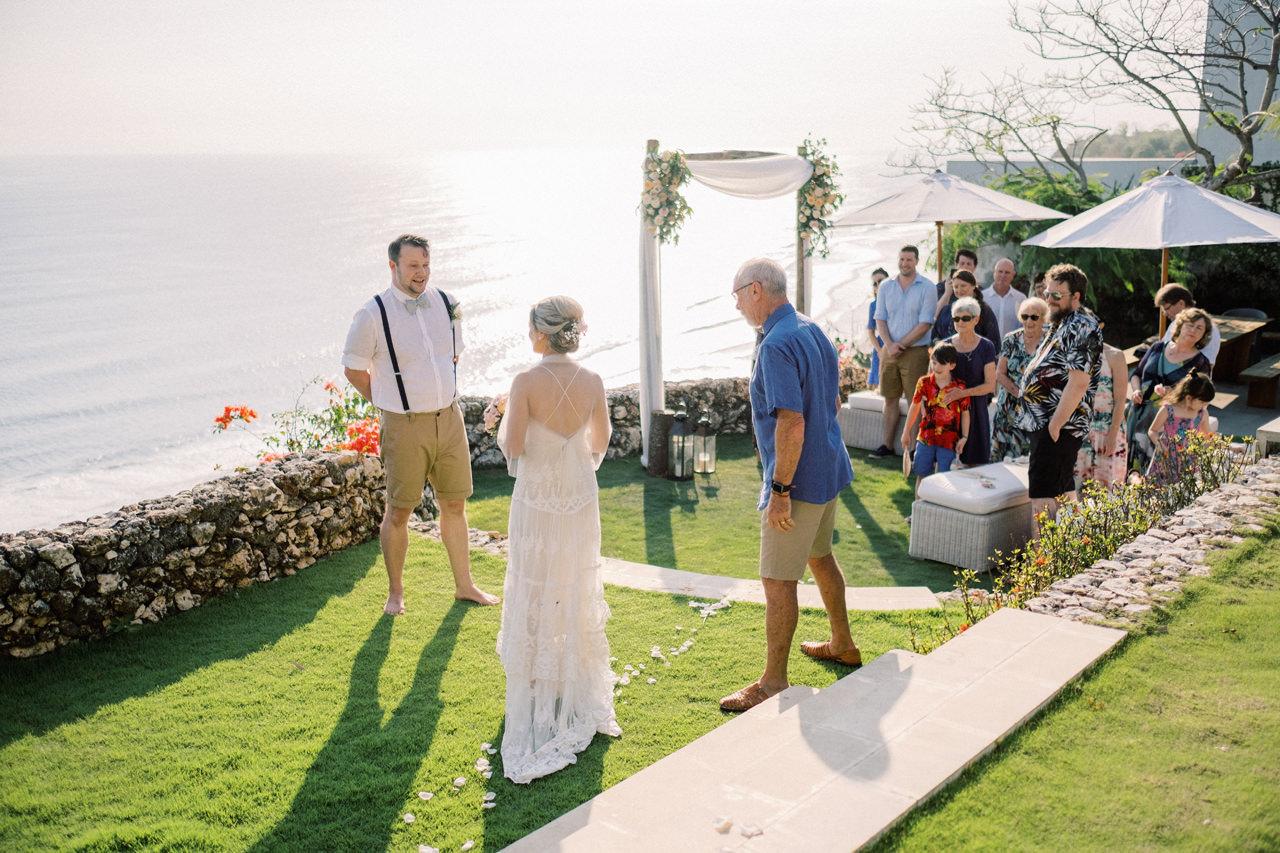 Sol y Mar - Bali Cliff-top Wedding 20
