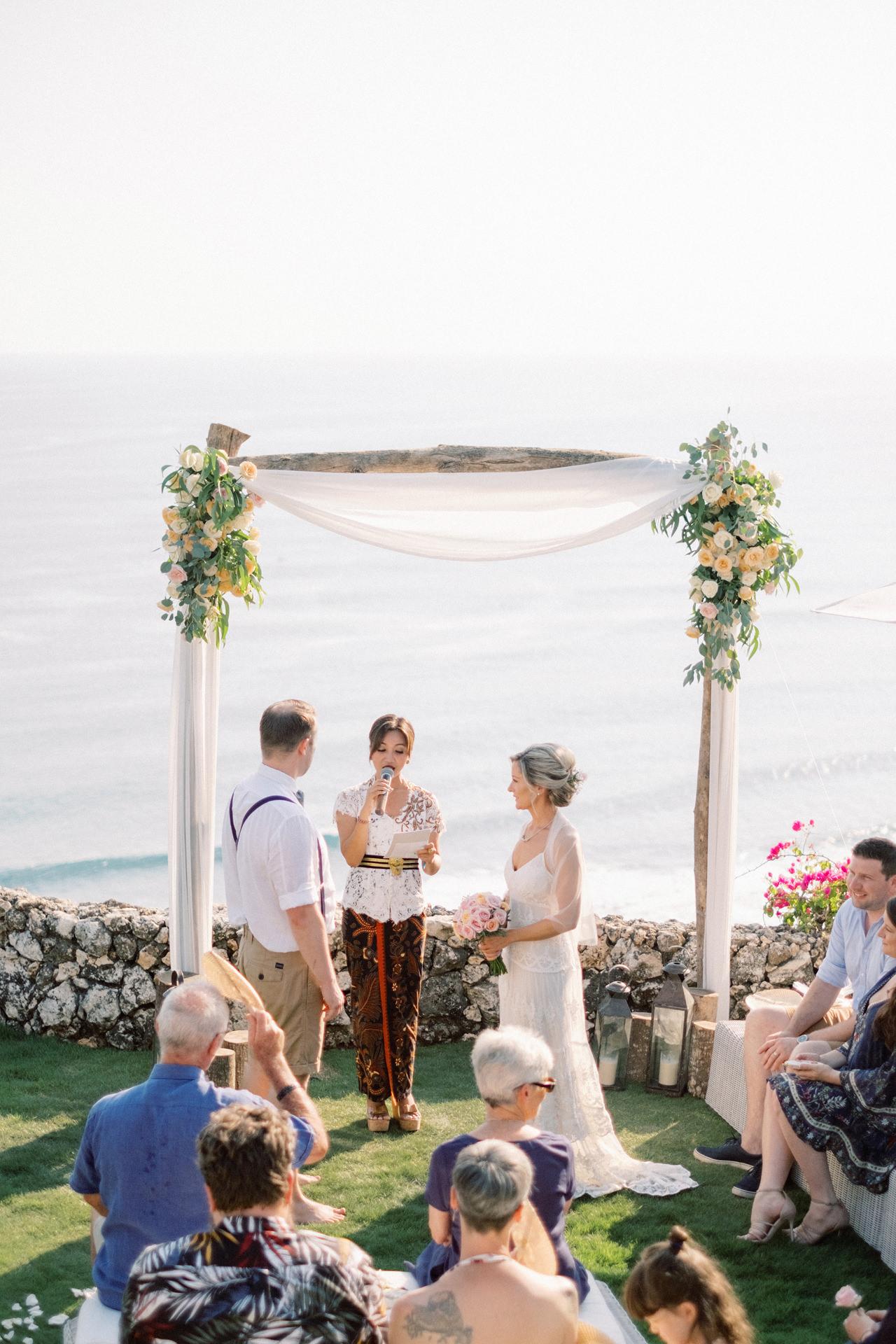Sol y Mar - Bali Cliff-top Wedding 23