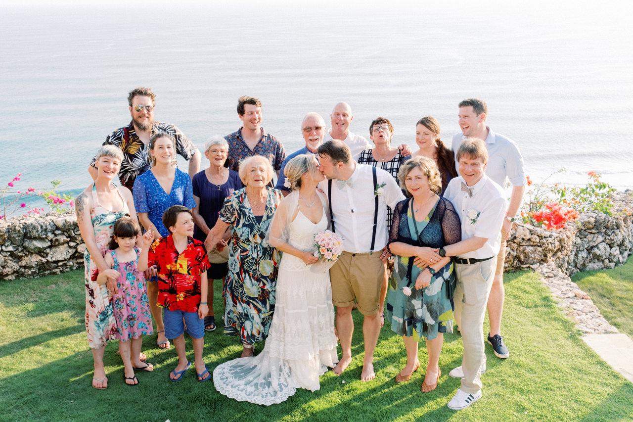 Sol y Mar - Bali Cliff-top Wedding 32