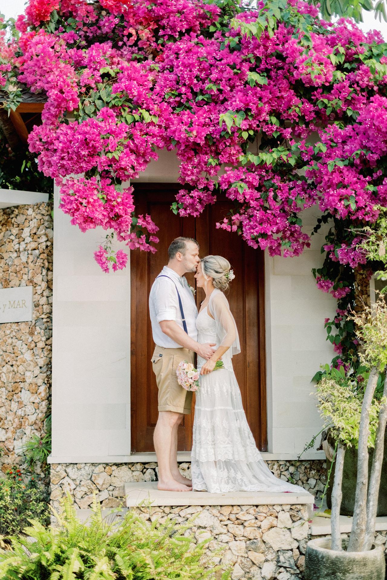 Sol y Mar - Bali Cliff-top Wedding 39