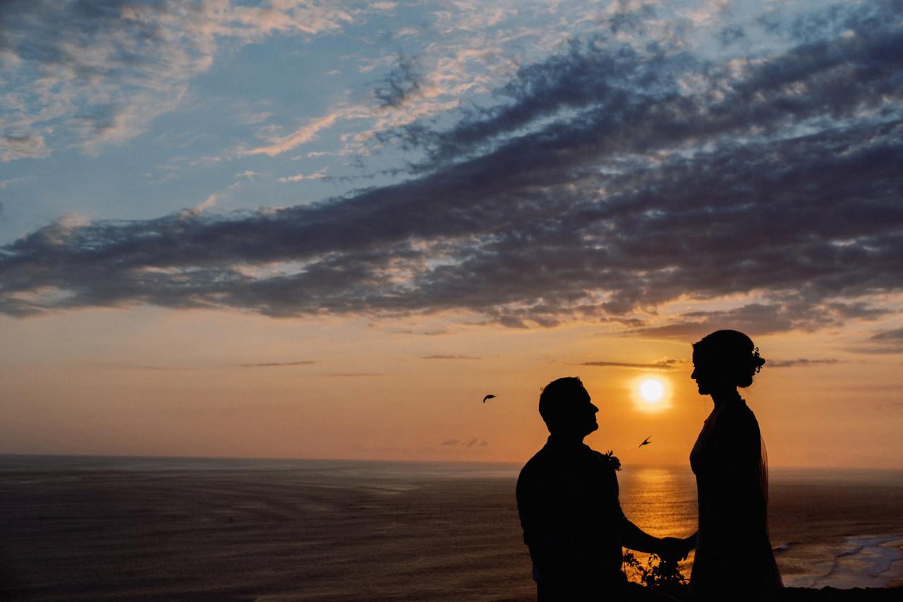 Sol y Mar - Bali Cliff-top Wedding 45