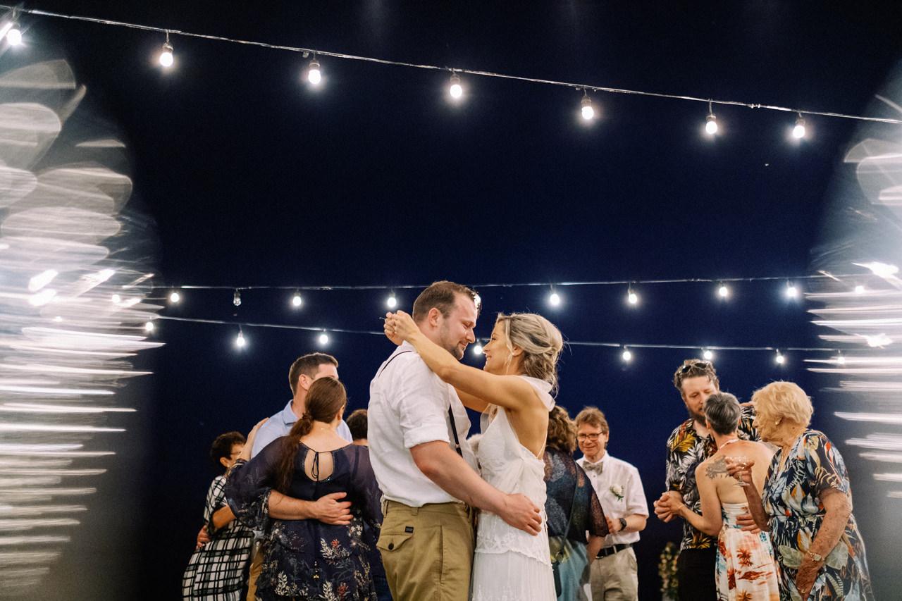 Sol y Mar - Bali Cliff-top Wedding 56